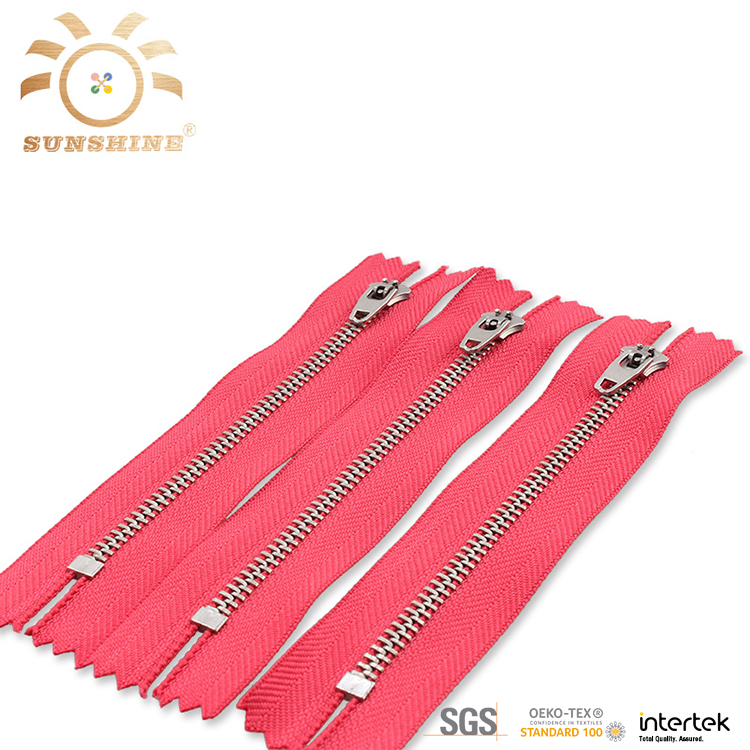 Custom garment aluminum auto lock zippers